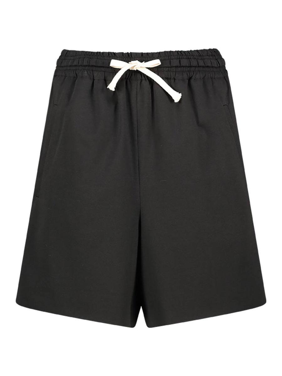 Casual aesthetics city shorts