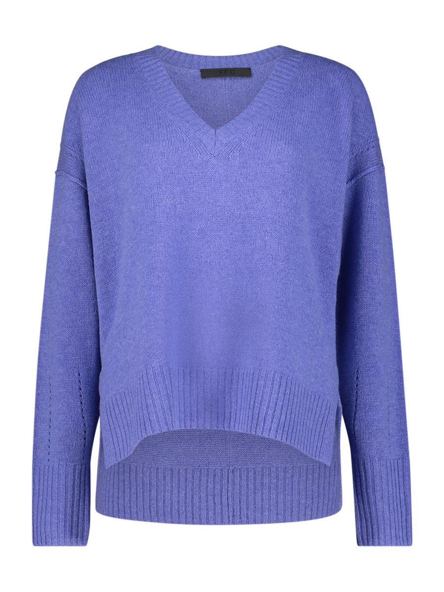 Lavender v-neck jumper