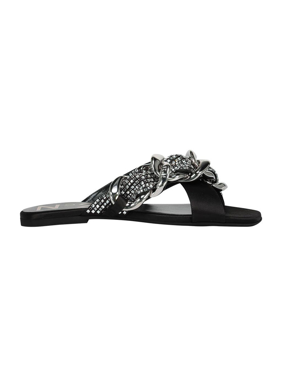 Chunky chain detailed flat slides