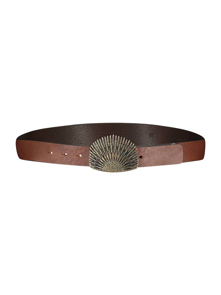 Intricate statement belt
